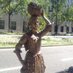 Midosuji Sculpture Street / Girl in Beaujolais:W-2