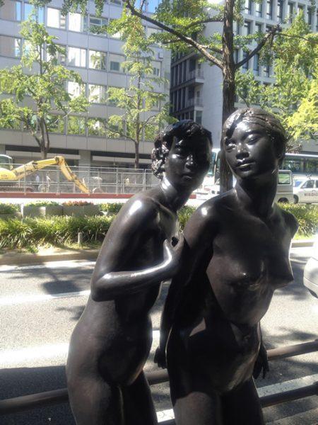 御堂筋彫刻ストリート / 姉妹:E-4