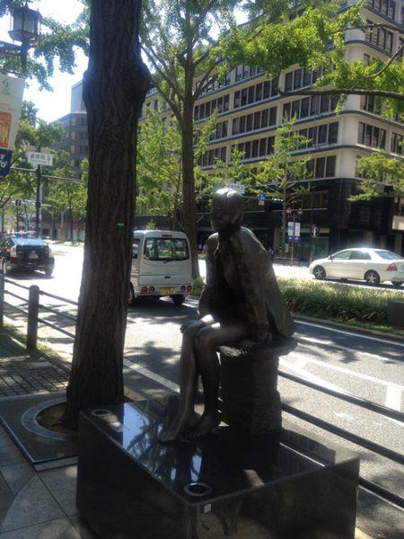 御堂筋彫刻ストリート / 陽光の中で:E-6