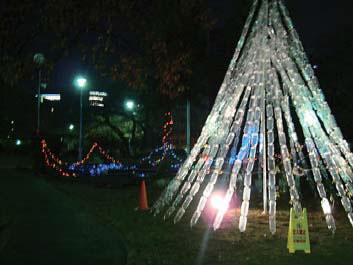 エコクリスマス・ペットボトルツリー点灯(中大江公園)