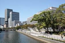 Cool off at Aqua Metropolis Osaka