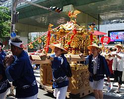 難波八阪神社夏祭り 陸渡御 2016