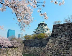 大阪城天守閣 桜のシーズン開館延長