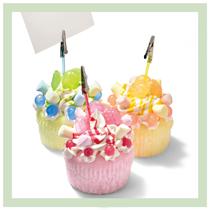 東急ハンズ「ふわふわウレタンカップケーキのメモスタンド」