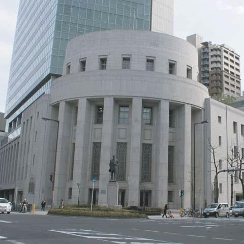 大阪証券取引所・五代友厚像
