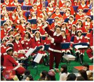 「180人のサンタコンサート」大阪桐蔭高等学校 吹奏楽部