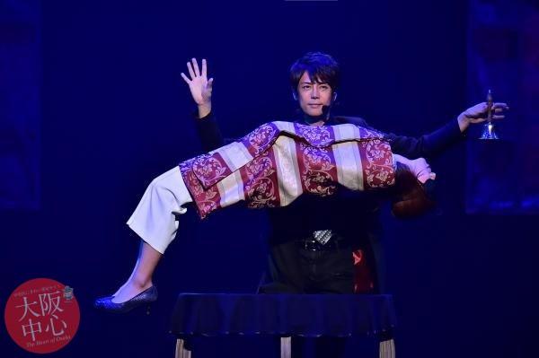 イリュージョンミュージアム1周年 マジシャン・メイガス特別ショー!
