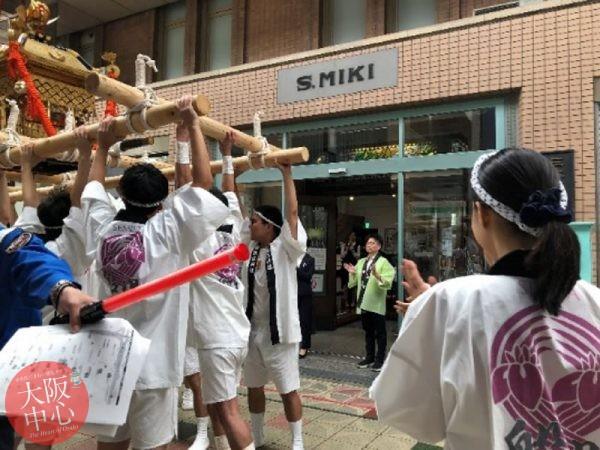 留学生中央区体験レポート - 神社と祭りで神輿体験 #2